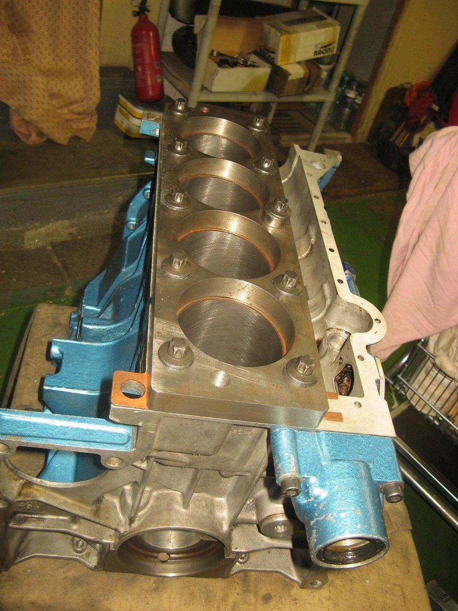 réalésage cylindre moto